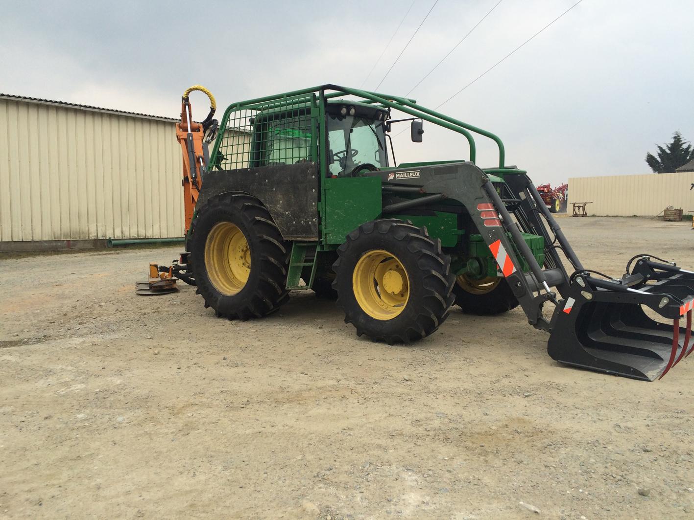 Tracteur tailleuse 6920 - Avec tailleuse ROUSSEAU 7m50 - Lamier et broyeur