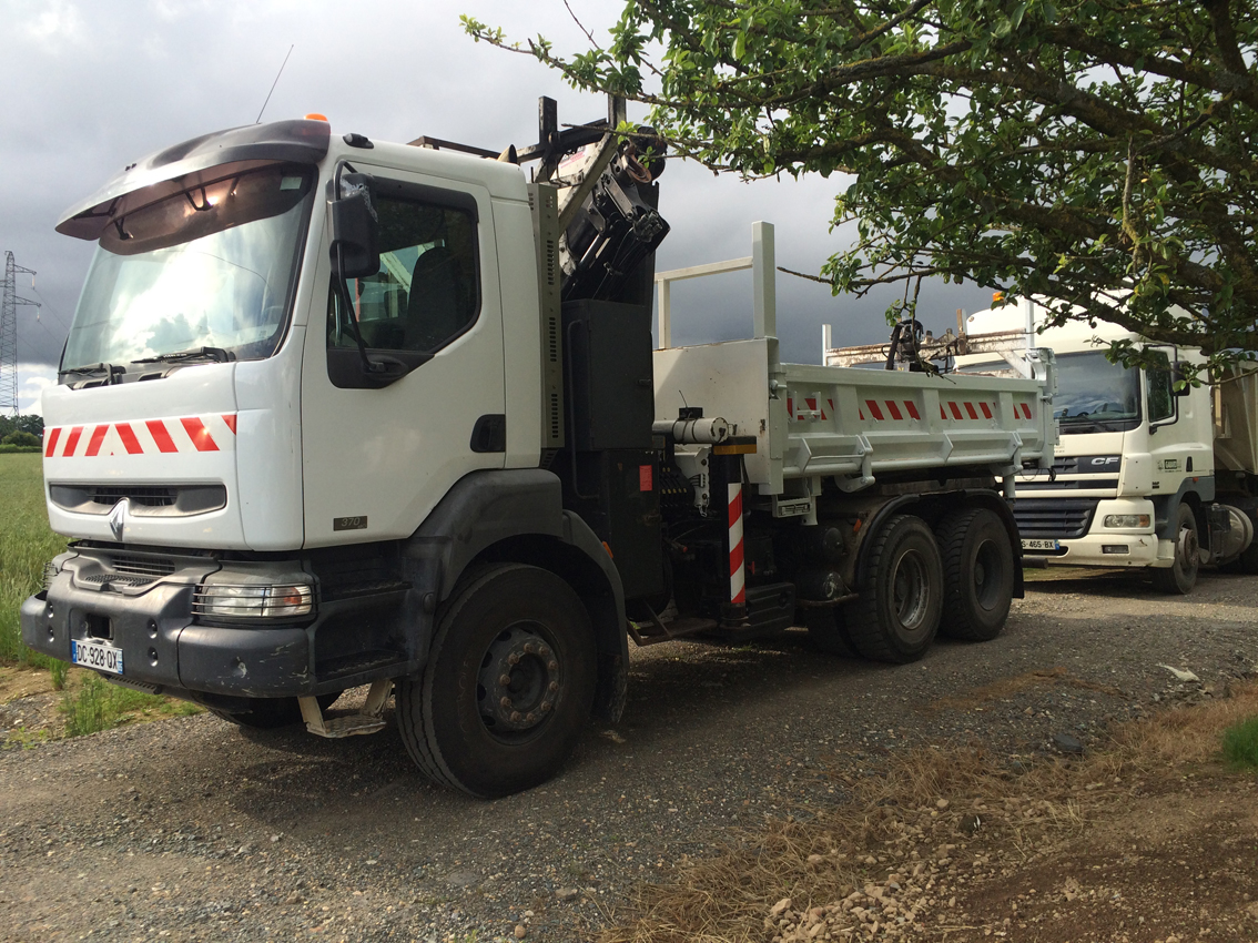 Camion bi benne avec grue 15m gabard 79 travaux agricoles cholet bressuire maul on - Meteo cholet 49 ...